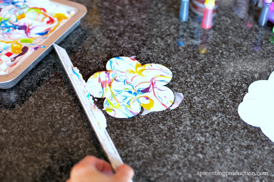 Marble Painted Easter Craft
