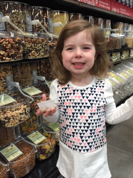 Trying Earth Fare Trail Mix