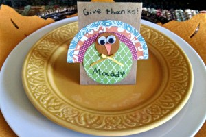 Thanksgiving Craft: Turkey Place Cards
