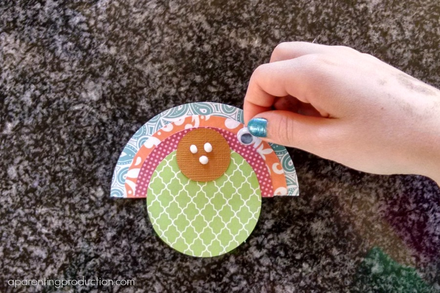 Thanksgiving turkey place card craft