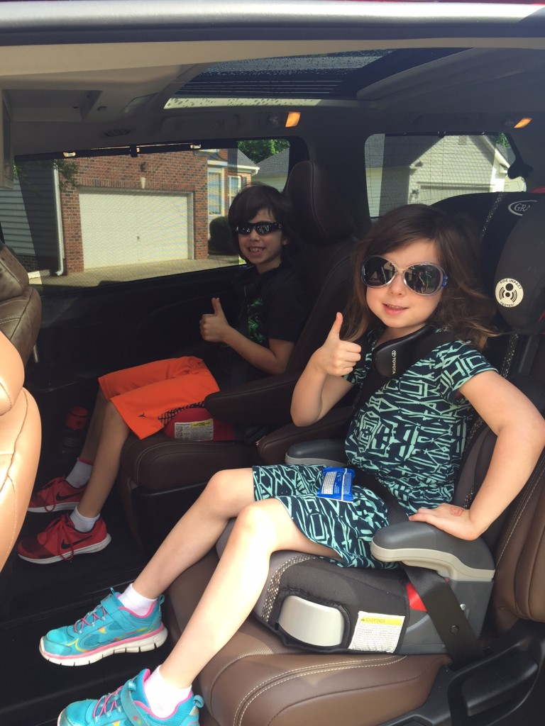 Kids give thumbs up to the Toyota Sienna